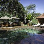 Terras met zwembad - Karen Blixen Coffee Garden & Cottages